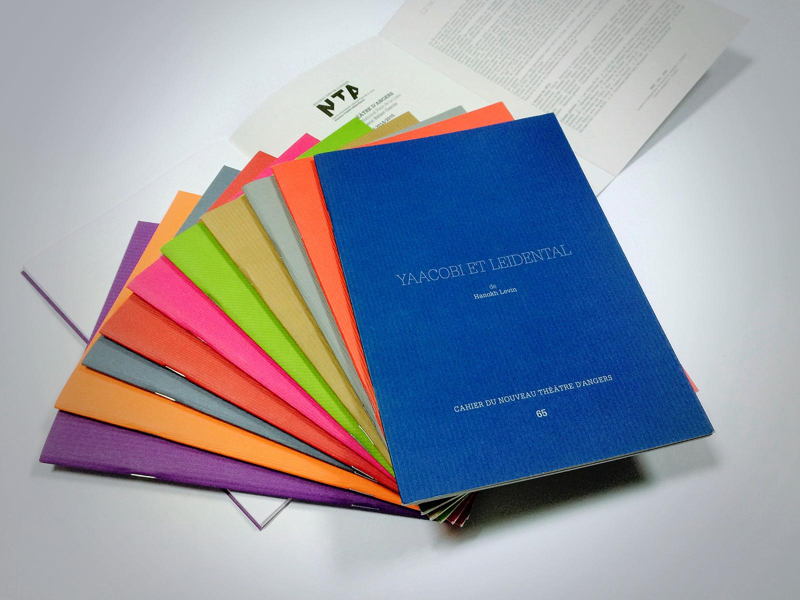 Impression couleur ou noir et blanc de carnets Levallois-Perret